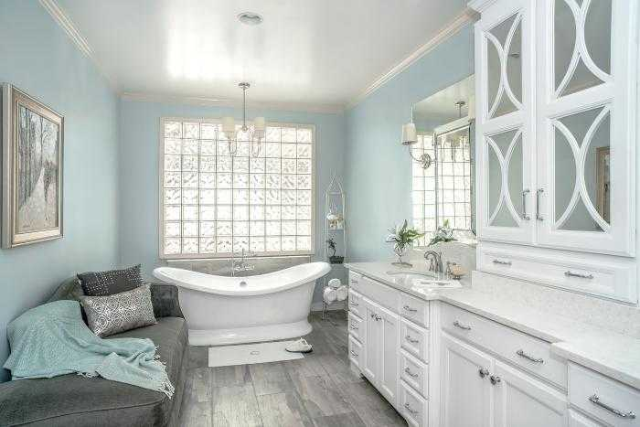 Дизайн маленькой ванной комнаты (82 фото реальных интерьеров)
